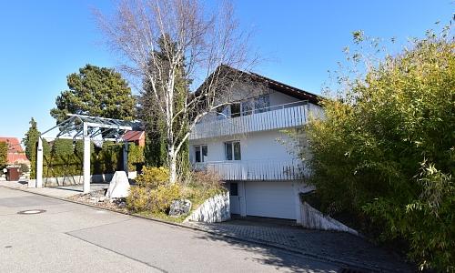 Bodensee gewünscht? Attraktives Wohnhaus mit 4 Wohnungen in Gaienhofen!